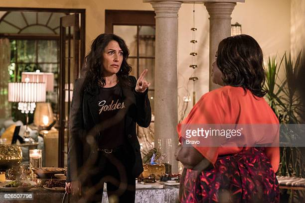 GIRLFRIENDS' GUIDE TO DIVORCE 'Rule When One Door Opens They're an Icy Draft' Episode 301 Pictured Lisa Edelstein as Abby McCarthy