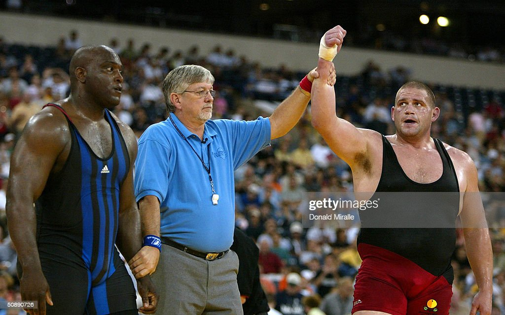 Rulon Gardner defeats Dremiel Byers in the Greco Roman 120KG Final Match 2 during the 2004 Olympic Team Trials of Wrestling at the RCA Dome on May 23...