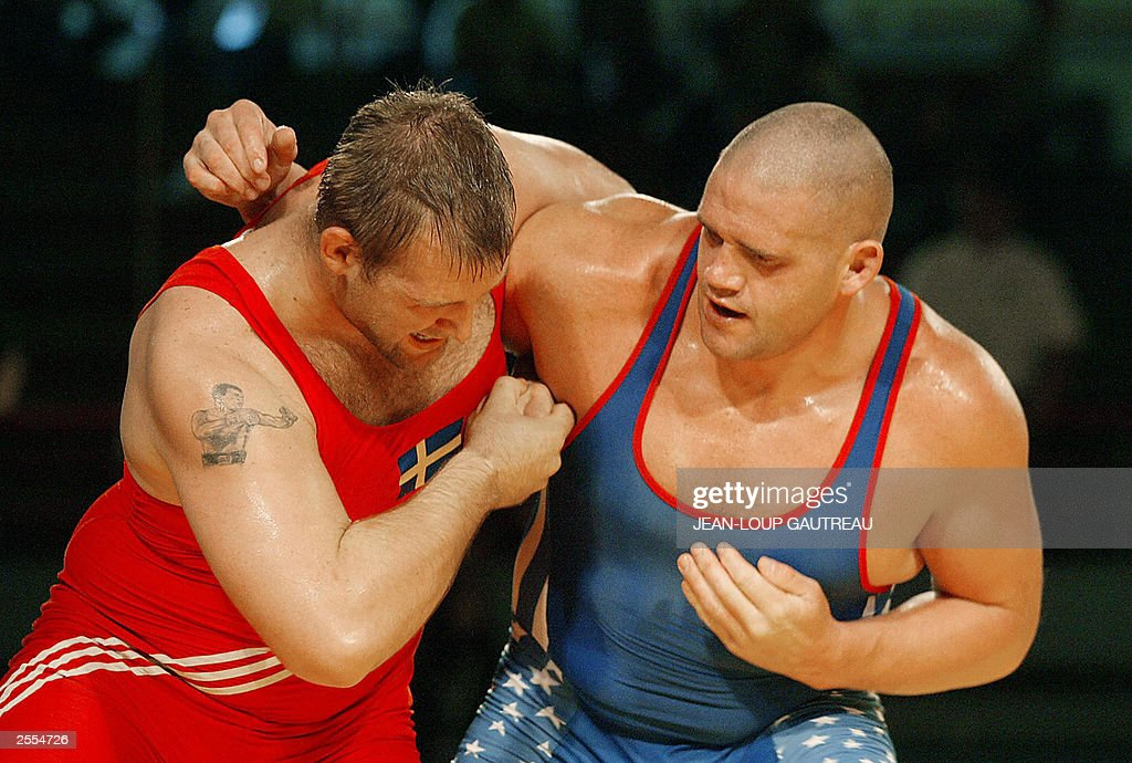 US Rulon Gardner olympic champion and Swedish Eddy Bengtsson fight during their under 120 kg category bout during the Wrestling World Championships...