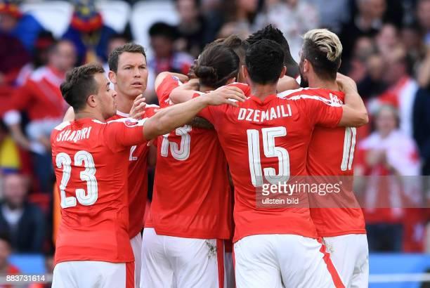 FUSSBALL Rumaenien Schweiz 1 Xherdan Shaqiri Stephan Lichtsteiner Ricardo Rodriguez Blerim Dzemaili und Valon Behrami