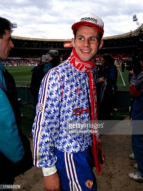 Rumbelows Cup Final 1992 Nottingham Forest v Manchester United Ryan Giggs with a United scarf around his neck