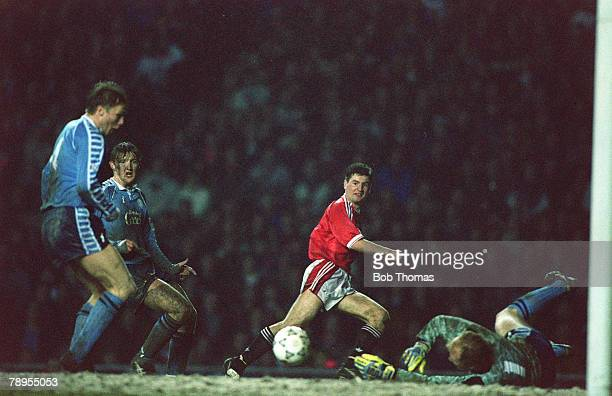 11th March 1992 Manchester United 2 v Middlesbrough 1 aet Manchester United's Denis Irwin sees his shot saved by Middlesbrough's goalkeeper Steve...