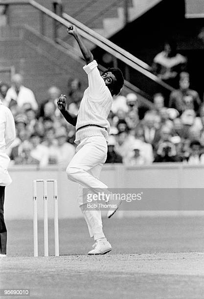 Rumesh Ratnayake bowling for Sri Lanka against England during the Prudential World Cup match held in Taunton England on 11th June 1983 England won by...