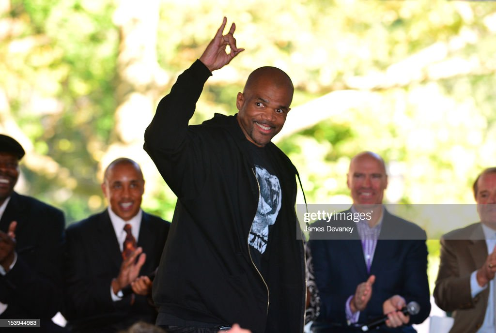 Run DMC <a gi-track='captionPersonalityLinkClicked' href=/galleries/search?phrase=Darryl+McDaniels&family=editorial&specificpeople=175934 ng-click='$event.stopPropagation()'>Darryl McDaniels</a> attends Madison Square Garden's 'Garden 366' And 'Defining Moments' Exhibition Openings at Madison Square Park on October 11, 2012 in New York City.