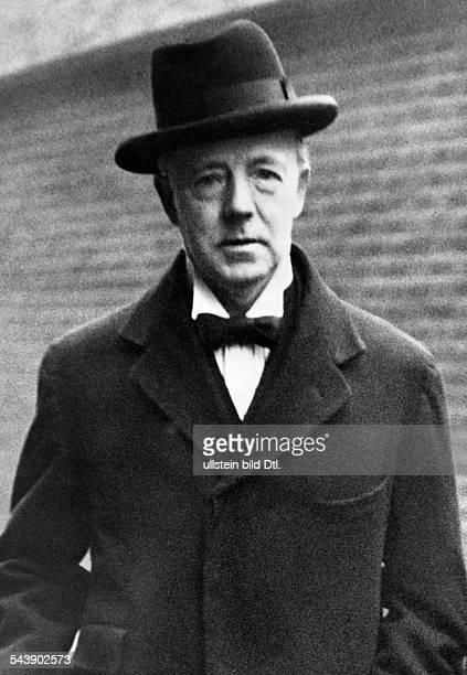 Runciman Walter Politician Great Britain*18701949 british economy minister portrait undated Photographer PresseIllustrationen Heinrich Hoffmann...