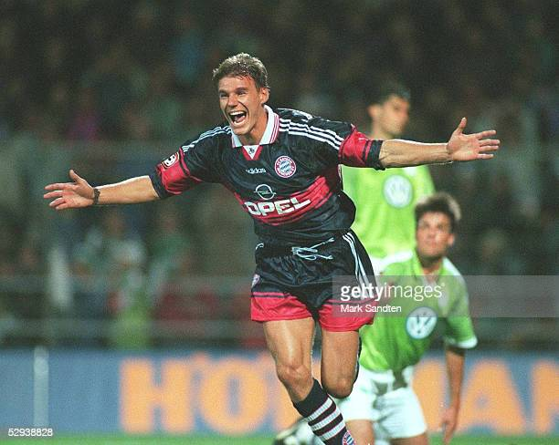 DFB POKAL 97/98 2 Runde BAYERN MUENCHEN JUBEL Alexander ZICKLER