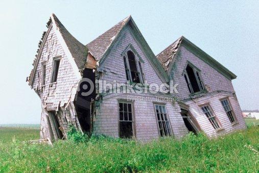 Rundown house prince edward island canada stock photo for Classic house akasaka prince