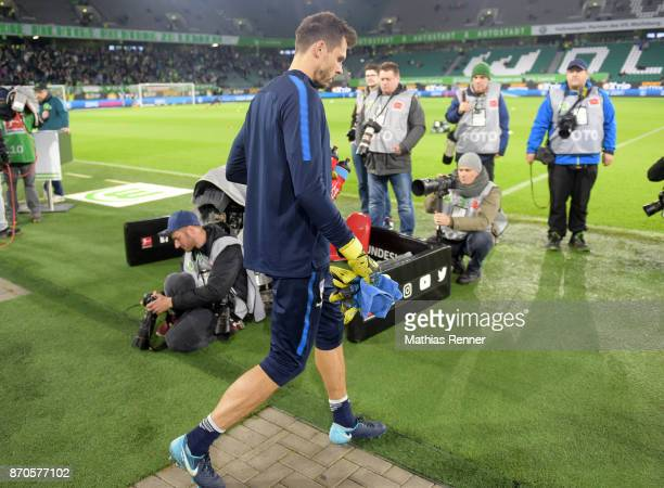 Rune Almenning Jarstein of Hertha BSC before the game between VfL Wolfsburg and Hertha BSC on november 5 2017 in Wolfsburg Germany