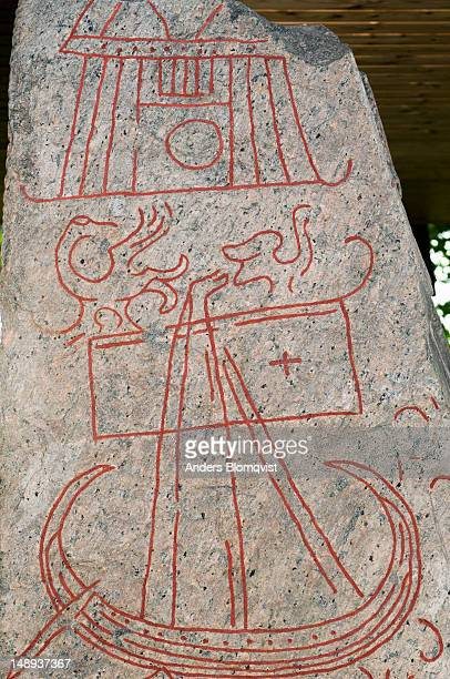 Runestone at Sparlosastenen near Vara.