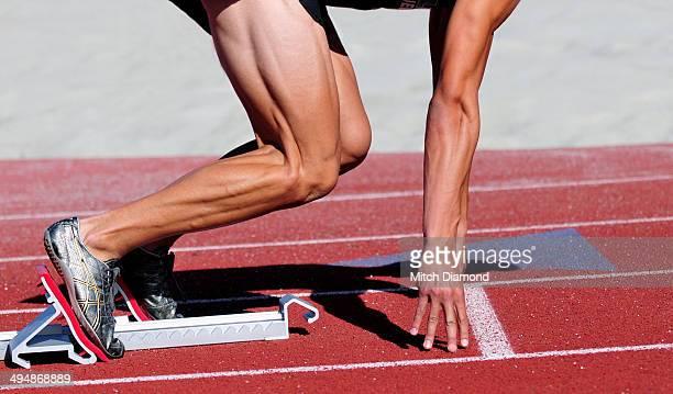 runner in the starting blocks