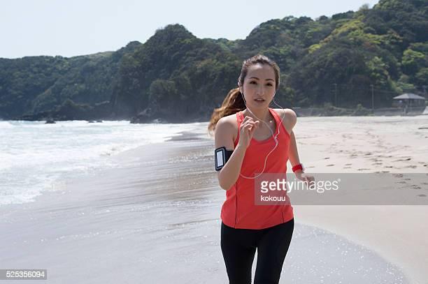 Runner running on eagerly seaside