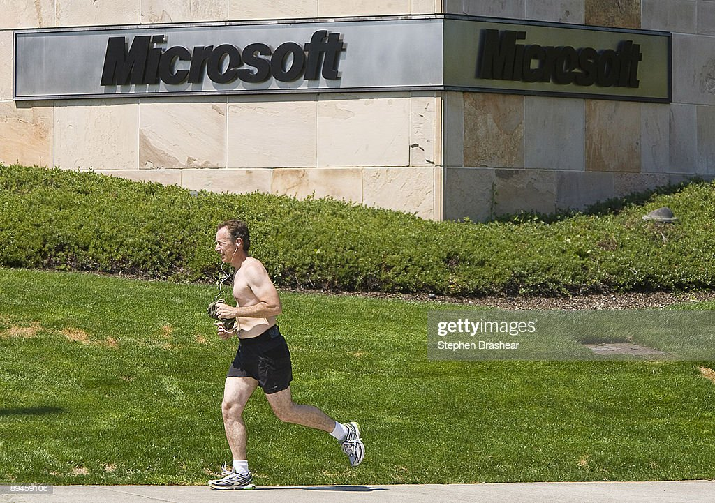 A runner runs on the main campus of Microsoft headquarters July 29, 2009 in Redmond, Washington. Microsoft and Yahoo! have announced a 10-year internet search partnership in an attempt to take away users from search giant Google.