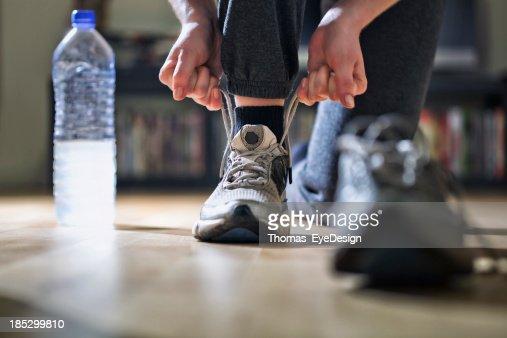 ランナー結束彼女の靴