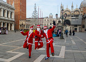 ITA: Santa Claus Run In Venice 2018