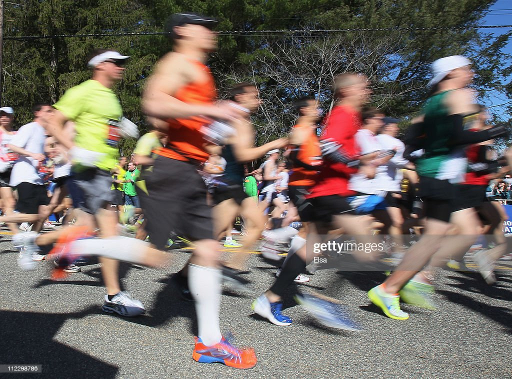 Runners head out during the start of the 115th Boston Marathon on April 18, 2011 in Hopkinton, Massachusetts.