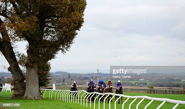 Runners make their way through the course during the Weatherbys Hamilton Novices Limited Handicap Chase at Taunton Racecourse on November 26 2015 in...
