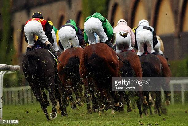 Runners take the first bend during The totesport Chester Cup Race run at Chester Racecourse on May 9 2007 in Chester England