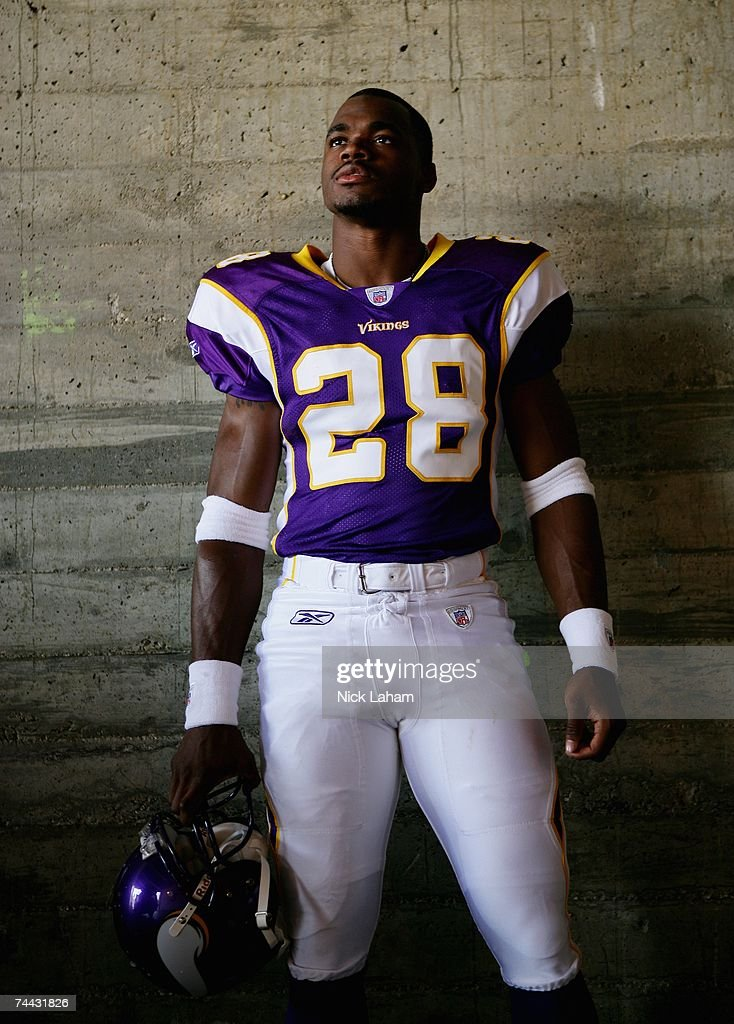 Running back, <a gi-track='captionPersonalityLinkClicked' href=/galleries/search?phrase=Adrian+Peterson+-+American+Football+Player+-+Minnesota+Vikings&family=editorial&specificpeople=210807 ng-click='$event.stopPropagation()'>Adrian Peterson</a> #28 of the Minnesota Vikings poses for a portrait on at the 2007 NFL Players Rookie Premiere on May 19, 2007 at the Los Angeles Memorial Coliseum in Los Angeles, California.
