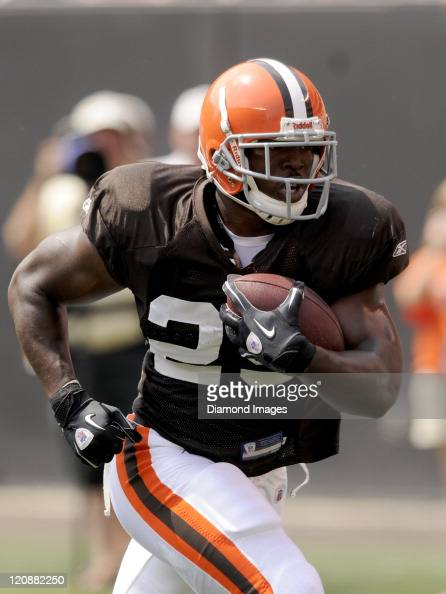 Running back Brandon Jackson of the Cleveland Browns carries the ball during a preseason practice on August 6 2011 at Cleveland Browns Stadium in...
