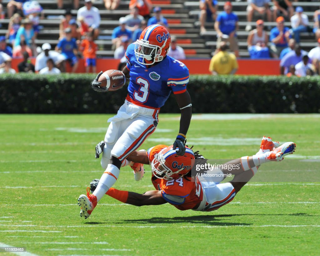 Running back <a gi-track='captionPersonalityLinkClicked' href=/galleries/search?phrase=Chris+Rainey&family=editorial&specificpeople=4480000 ng-click='$event.stopPropagation()'>Chris Rainey</a> #3 of the Florida Gators runs upfield during the Orange and Blue spring football game April 9, 2010 Ben Hill Griffin Stadium in Gainesville, Florida.