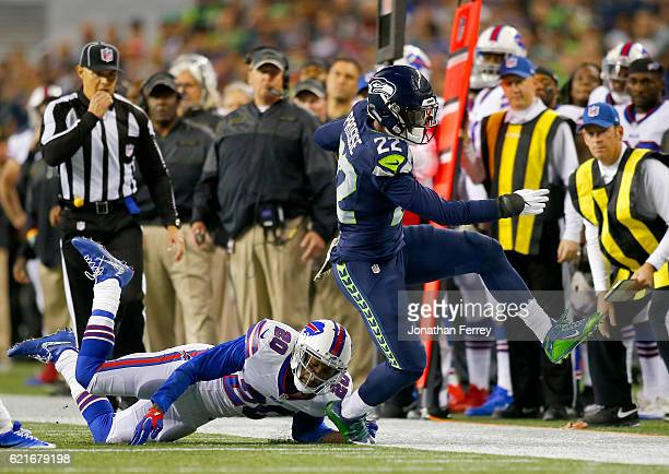 Running back CJ Prosise of the Seattle Seahawks rushes against the Buffalo Bills at CenturyLink Field on November 7 2016 in Seattle Washington