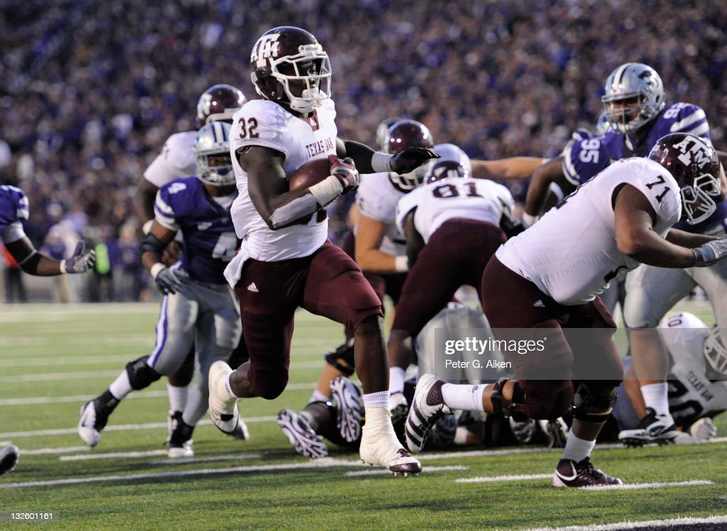 Running back Cyrus Gray #32 of the Texas A&M Aggies rushes in for a touchdown against the Kansas State Wildcats during the second half on November 12, 2011 at Bill Snyder Family Stadium in Manhattan, Kansas.