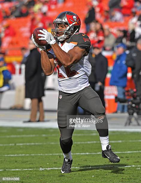 Running back Doug Martin of the Tampa Bay Buccaneers catches a pass prior to a game against the Kansas City Chiefs on November 20 2016 at Arrowhead...