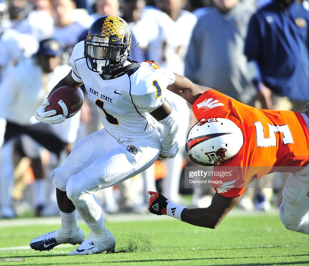Running back Dri Archer #1 of the Kent State Golden Flashes runs the football during a game with the Bowling Green Falcons at Dolt L. Perry Stadium in Bowling Green, Ohio. The Kent State Golden Flashes won 31-24.