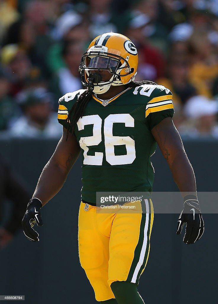 Running back <a gi-track='captionPersonalityLinkClicked' href=/galleries/search?phrase=DuJuan+Harris&family=editorial&specificpeople=5547092 ng-click='$event.stopPropagation()'>DuJuan Harris</a> #26 of the Green Bay Packers during the NFL game against the New York Jets at Lambeau Field on September 14, 2014 in Green Bay, Wisconsin. The Packers defeated the Jets 31-24.