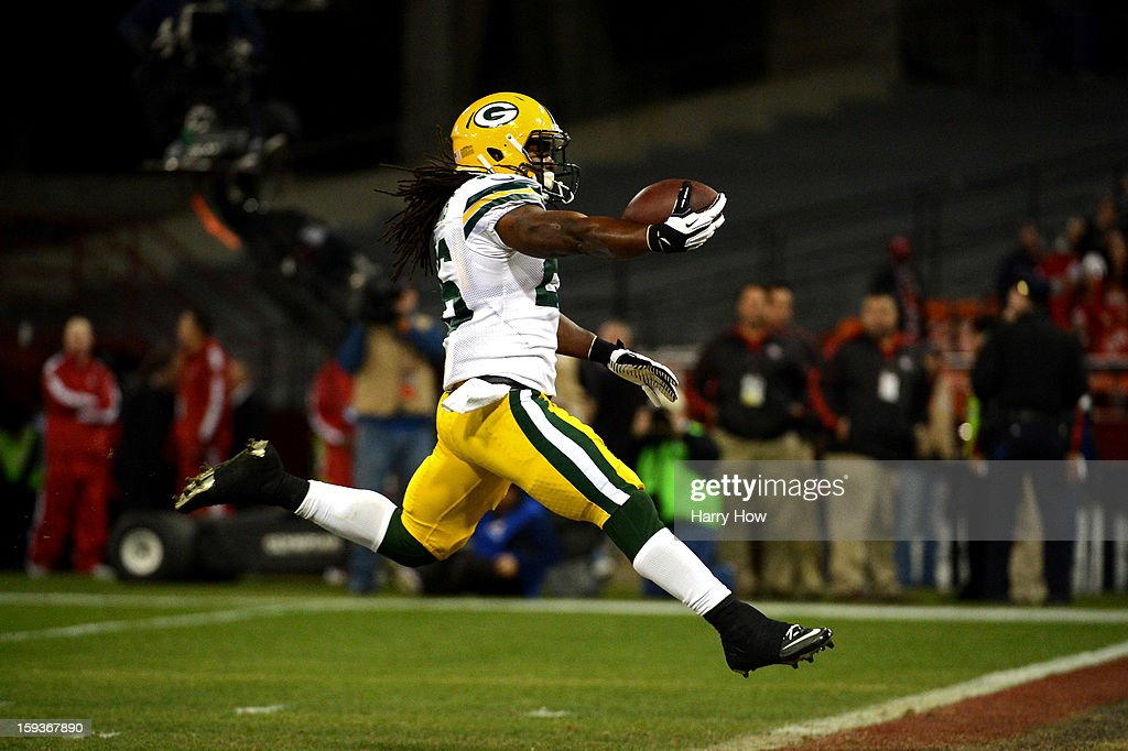 Running back DuJuan Harris #26 of the Green Bay Packers runs the ball in for a touchdown against the San Francisco 49ers in the second quarter during the NFC Divisional Playoff Game at Candlestick Park on January 12, 2013 in San Francisco, California.