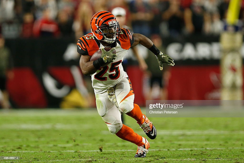 Running back Giovani Bernard of the Cincinnati Bengals rushes the football against the Arizona Cardinals during the NFL game at the University of...