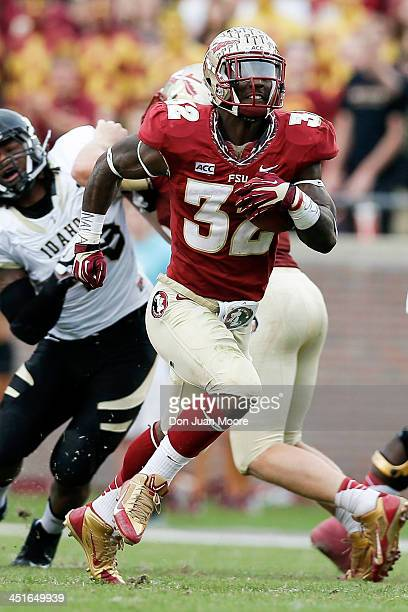 Running back James Wilder Jr #32 of the Florida State Seminoles on a running play during the game against the Idaho Vandals at Doak Campbell Stadium...