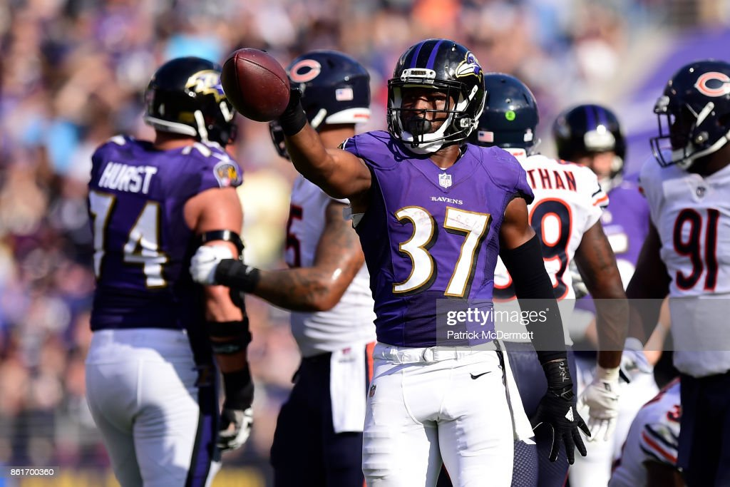 Running Back Javorius Allen #37 of the Baltimore Ravens celebrates a first down in the fourth quarter against the Chicago Bears at M&T Bank Stadium on October 15, 2017 in Baltimore, Maryland.