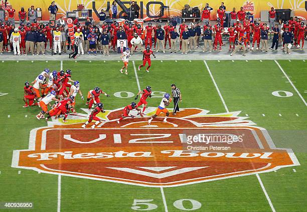 Running back Jay Ajayi of the Boise State Broncos rushes the football en route to scoring a 56 yard touchdown against the Arizona Wildcats during the...