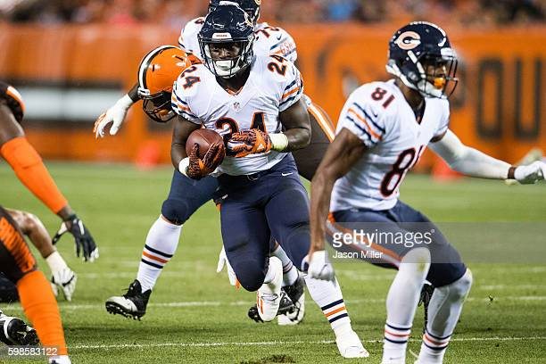Running back Jordan Howard of the Chicago Bears runs for a gain during the third quarter against the Cleveland Browns at FirstEnergy Stadium during a...