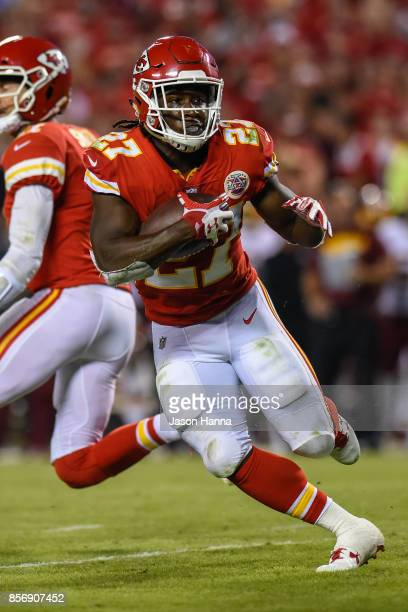 Running back Kareem Hunt of the Kansas City Chiefs rushes the ball during the third quarter against the Washington Redskins at Arrowhead Stadium on...