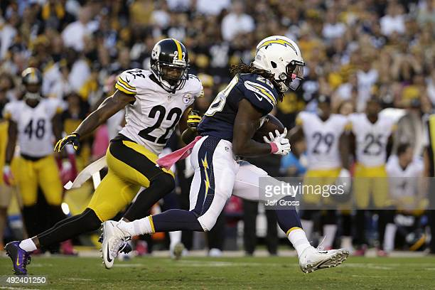 Running back Melvin Gordon of the San Diego Chargers runs against cornerback William Gay of the Pittsburgh Steelers at Qualcomm Stadium on October 12...