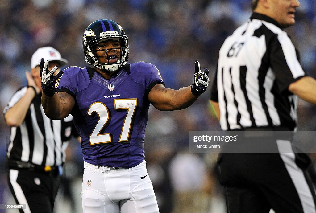 Running back <a gi-track='captionPersonalityLinkClicked' href=/galleries/search?phrase=Ray+Rice&family=editorial&specificpeople=3980395 ng-click='$event.stopPropagation()'>Ray Rice</a> #27 of the Baltimore Ravens argues a call with the referees against the Jacksonville Jaguars in the first quarter at M&T Bank Stadium on August 23, 2012 in Baltimore, Maryland.