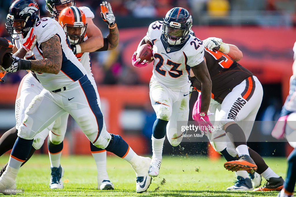 Running back Ronnie Hillman of the Denver Broncos runs for a gain during the second half against the Cleveland Browns at FirstEnergy Stadium on...