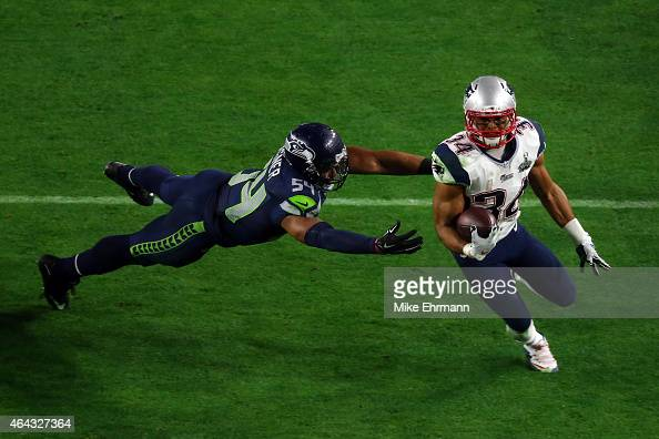 Running back Shane Vereen of the New England Patriots in action against middle linebacker Bobby Wagner of the Seattle Seahawks during Super Bowl XLIX...