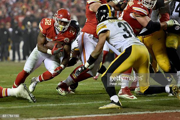 Running back Spencer Ware of the Kansas City Chiefs rushes the ball on a run that would lead turnover an eventual touchdown against the Pittsburgh...