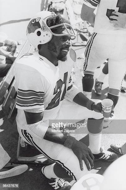 Running back Terry Metcalf of the St Louis Cardinals relaxes on the sideline after scoring against the San Francisco 49ers at Candlestick Park on...