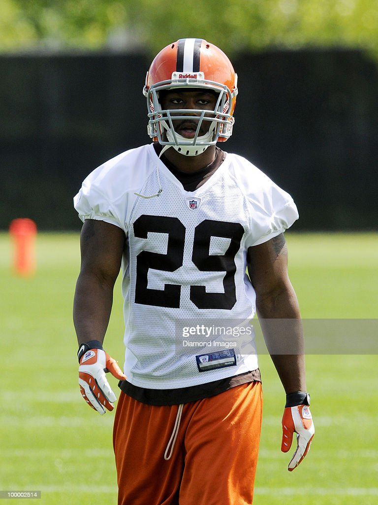 Running back Thomas Brown #29 of the Cleveland Browns watches a play runs sprints during the team's organized team activity (OTA) on May 19, 2010 at the Cleveland Browns practice facility in Berea, Ohio.