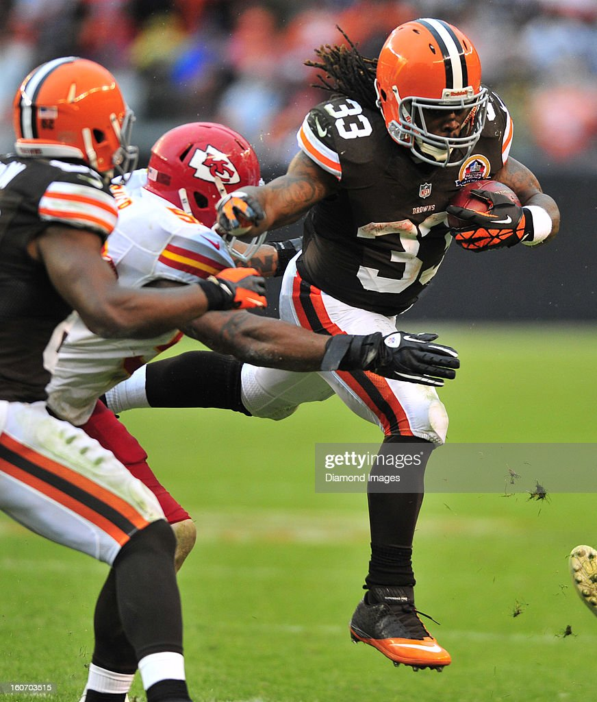 Running back Trent Richardson #33 of the Cleveland Browns runs the football during a game with the Kansas City Chiefs at Cleveland Browns Stadium in Cleveland, Ohio. The Browns won 30-7.