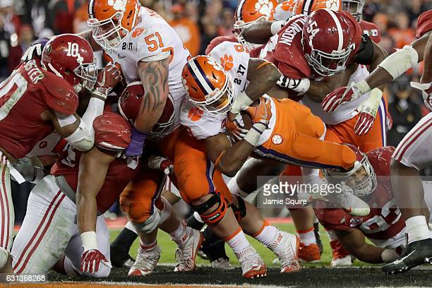 Running back Wayne Gallman of the Clemson Tigers rushes for a 1yard touchdown during the fourth quarter against the Alabama Crimson Tide in the 2017...