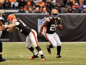Running back Willis McGahee of the Cleveland Browns carries the ball downfield during a game against the Jacksonville Jaguars on December 1 2013 at...