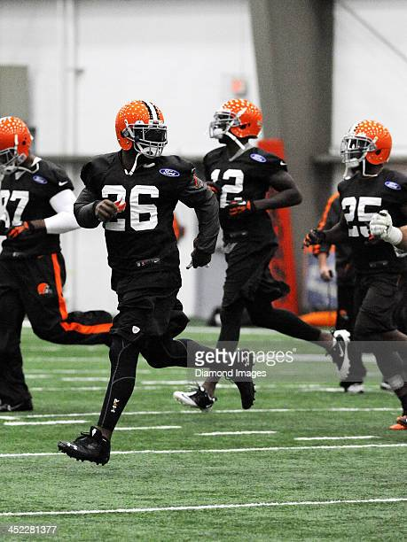 Running back Willis McGahee of the Cleveland Browns runs during warm ups prior to a practice at the Cleveland Browns training facility in Berea Ohio...