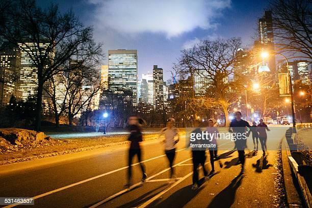 Groupe de jogging dans Central Park, New York