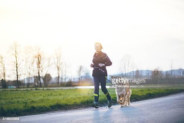 Laufen macht mehr Spaß mit einem Freund