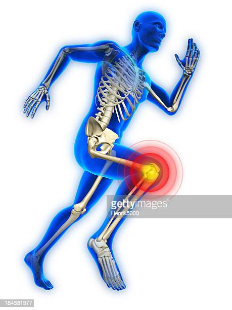 Homem com lesão do joelho em execução